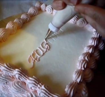 Come scrivere sulle torte