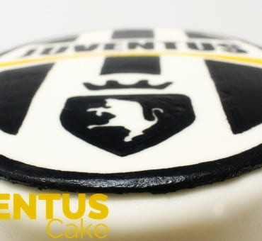 Torta Juventus in pasta di zucchero