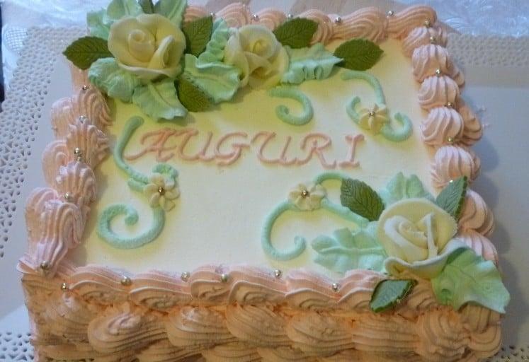 Torta di compleanno in panna montata   Italian Cakes