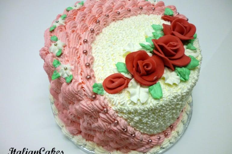 Rivestire una torta in panna montata