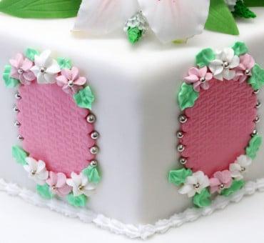 Rivestire una torta esagonale
