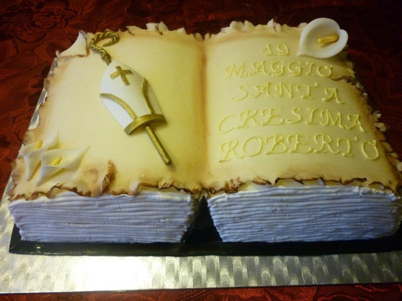 torta libro in pasta di zucchero