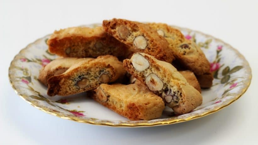 Ricetta Cantucci o cantuccini biscotti alla nocciola