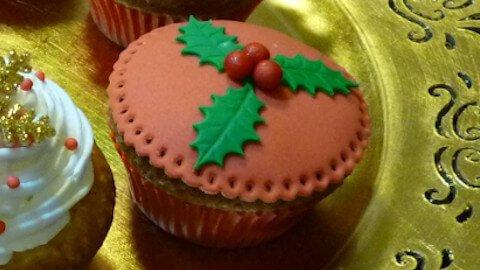 cupcakes-natalizio-pasta-di-zucchero