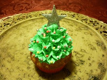 Cupcake natalizio a forma di albero di Natale