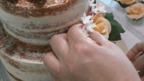 Decorare una naked cake