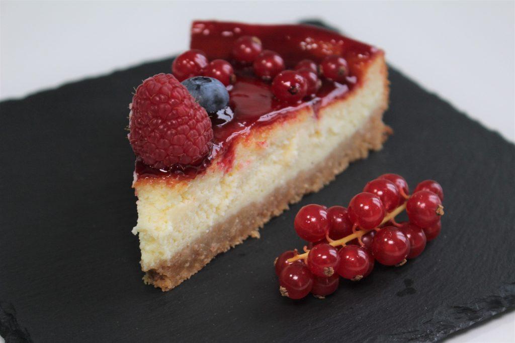 Torta moderna ai frutti di bosco   Ricetta ed ingredienti