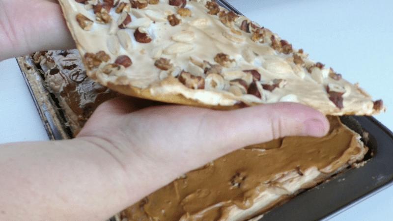 Torta meringata nocciolata
