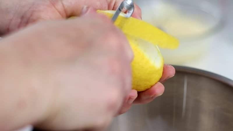 Limone nella crema pasticcera