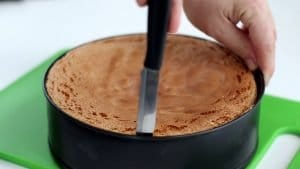 Preparare il Pan di Spagna