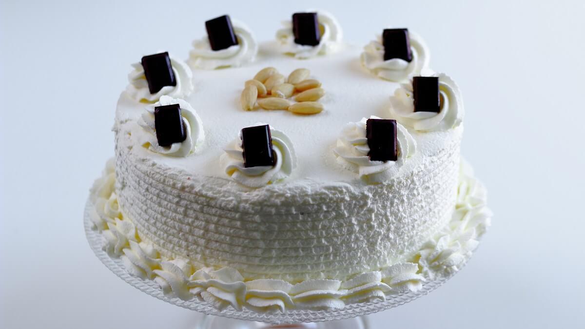 torta-con-panna-montata-facile